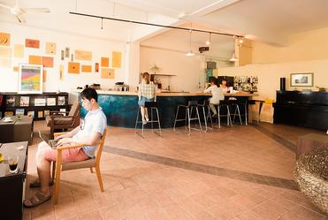 穏やかな空気のカフェ